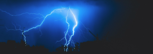 lightning strike on trees